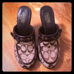 Coach heels willow clogs